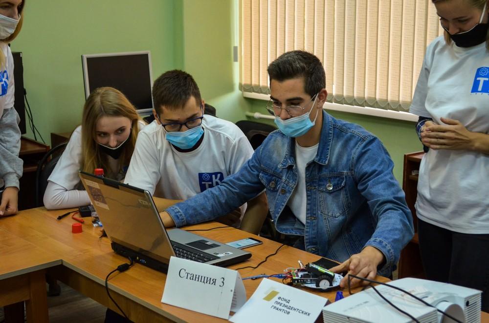 Команды участники «Молодежной школы цифровой экологии» продолжают разработку проектов